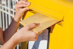 correo-postal-mailing-direccionado